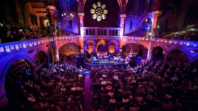 The Illegal Eagles, at Union Chapel in London on Tuesday 27 February 2018 at 06:30 hours. Live-music. Nightlondon
